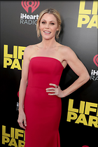 Celebrity Photo: Julie Bowen 1200x1800   153 kb Viewed 44 times @BestEyeCandy.com Added 16 days ago