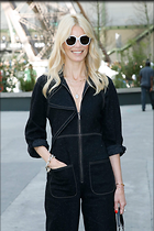 Celebrity Photo: Claudia Schiffer 1200x1800   242 kb Viewed 42 times @BestEyeCandy.com Added 76 days ago