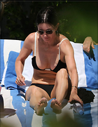 Celebrity Photo: Courteney Cox 1200x1554   185 kb Viewed 288 times @BestEyeCandy.com Added 657 days ago