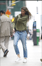 Celebrity Photo: Gisele Bundchen 2190x3449   1,107 kb Viewed 13 times @BestEyeCandy.com Added 28 days ago