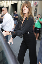 Celebrity Photo: Carla Bruni 1200x1800   158 kb Viewed 39 times @BestEyeCandy.com Added 152 days ago