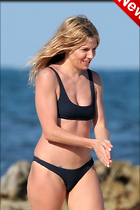 Celebrity Photo: Sienna Miller 1200x1800   158 kb Viewed 33 times @BestEyeCandy.com Added 5 days ago