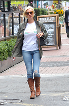 Celebrity Photo: Denise Van Outen 1200x1825   305 kb Viewed 57 times @BestEyeCandy.com Added 98 days ago