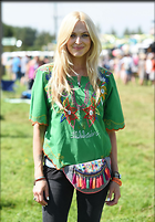 Celebrity Photo: Fearne Cotton 1200x1724   275 kb Viewed 19 times @BestEyeCandy.com Added 22 days ago
