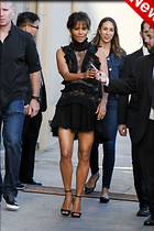 Celebrity Photo: Halle Berry 1200x1800   260 kb Viewed 36 times @BestEyeCandy.com Added 13 days ago