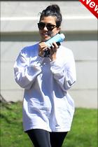 Celebrity Photo: Kourtney Kardashian 1200x1800   190 kb Viewed 4 times @BestEyeCandy.com Added 8 days ago