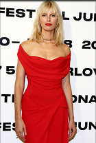 Celebrity Photo: Karolina Kurkova 1586x2353   517 kb Viewed 27 times @BestEyeCandy.com Added 67 days ago