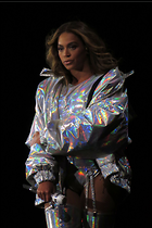 Celebrity Photo: Beyonce Knowles 1200x1800   204 kb Viewed 14 times @BestEyeCandy.com Added 42 days ago