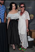 Celebrity Photo: Dita Von Teese 1200x1804   396 kb Viewed 53 times @BestEyeCandy.com Added 66 days ago
