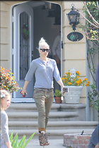 Celebrity Photo: Gwen Stefani 1200x1800   267 kb Viewed 66 times @BestEyeCandy.com Added 178 days ago