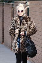 Celebrity Photo: Gwen Stefani 13 Photos Photoset #391175 @BestEyeCandy.com Added 26 days ago
