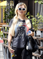 Celebrity Photo: Holly Madison 1200x1655   437 kb Viewed 8 times @BestEyeCandy.com Added 69 days ago
