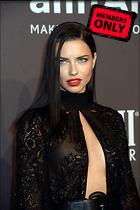 Celebrity Photo: Adriana Lima 3280x4928   3.0 mb Viewed 13 times @BestEyeCandy.com Added 493 days ago