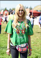 Celebrity Photo: Fearne Cotton 1200x1691   302 kb Viewed 20 times @BestEyeCandy.com Added 22 days ago