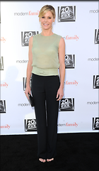 Celebrity Photo: Julie Bowen 1950x3360   581 kb Viewed 42 times @BestEyeCandy.com Added 101 days ago