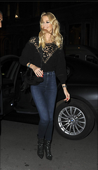 Celebrity Photo: Claudia Schiffer 1200x2070   290 kb Viewed 49 times @BestEyeCandy.com Added 118 days ago