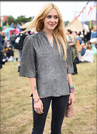 Celebrity Photo: Fearne Cotton 1200x1656   381 kb Viewed 43 times @BestEyeCandy.com Added 86 days ago
