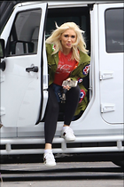 Celebrity Photo: Gwen Stefani 10 Photos Photoset #410198 @BestEyeCandy.com Added 17 days ago