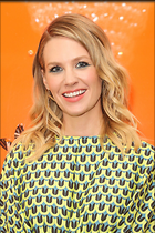 Celebrity Photo: January Jones 1200x1800   340 kb Viewed 118 times @BestEyeCandy.com Added 394 days ago