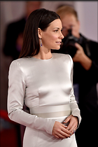 Celebrity Photo: Evangeline Lilly 1200x1800   244 kb Viewed 38 times @BestEyeCandy.com Added 14 days ago