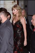 Celebrity Photo: Taylor Swift 2400x3600   596 kb Viewed 94 times @BestEyeCandy.com Added 146 days ago