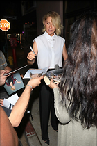 Celebrity Photo: Jenna Elfman 1800x2700   964 kb Viewed 35 times @BestEyeCandy.com Added 188 days ago