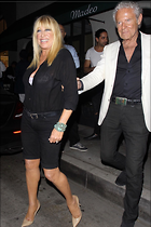 Celebrity Photo: Suzanne Somers 1200x1800   219 kb Viewed 63 times @BestEyeCandy.com Added 277 days ago