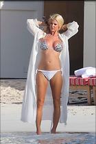 Celebrity Photo: Victoria Silvstedt 1600x2401   222 kb Viewed 195 times @BestEyeCandy.com Added 101 days ago