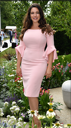 Celebrity Photo: Kelly Brook 2160x3840   1,110 kb Viewed 72 times @BestEyeCandy.com Added 63 days ago