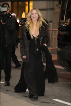 Celebrity Photo: Avril Lavigne 1200x1800   203 kb Viewed 37 times @BestEyeCandy.com Added 123 days ago