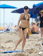 Celebrity Photo: Gwen Stefani 1250x1609   145 kb Viewed 49 times @BestEyeCandy.com Added 76 days ago