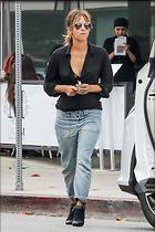 Celebrity Photo: Halle Berry 1200x1800   317 kb Viewed 23 times @BestEyeCandy.com Added 16 days ago