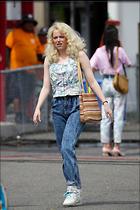 Celebrity Photo: Emma Stone 17 Photos Photoset #378899 @BestEyeCandy.com Added 26 days ago