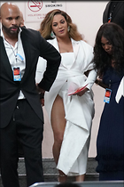 Celebrity Photo: Beyonce Knowles 1200x1800   235 kb Viewed 10 times @BestEyeCandy.com Added 19 days ago