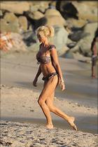 Celebrity Photo: Victoria Silvstedt 1280x1920   302 kb Viewed 66 times @BestEyeCandy.com Added 91 days ago