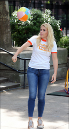 Celebrity Photo: Busy Philipps 1200x2238   289 kb Viewed 39 times @BestEyeCandy.com Added 91 days ago