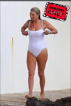 Celebrity Photo: Christie Brinkley 2222x3332   2.1 mb Viewed 4 times @BestEyeCandy.com Added 44 days ago