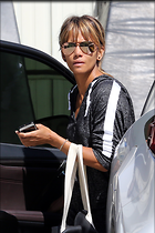 Celebrity Photo: Halle Berry 1130x1695   1.2 mb Viewed 20 times @BestEyeCandy.com Added 20 days ago
