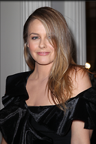 Celebrity Photo: Alicia Silverstone 2100x3150   862 kb Viewed 36 times @BestEyeCandy.com Added 43 days ago