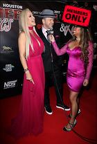 Celebrity Photo: Jenny McCarthy 3000x4449   2.7 mb Viewed 4 times @BestEyeCandy.com Added 158 days ago