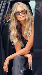 Celebrity Photo: Elle Macpherson 1000x1799   272 kb Viewed 28 times @BestEyeCandy.com Added 43 days ago