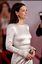 Celebrity Photo: Evangeline Lilly 1200x1800   252 kb Viewed 32 times @BestEyeCandy.com Added 14 days ago