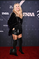 Celebrity Photo: Christie Brinkley 3107x4667   968 kb Viewed 68 times @BestEyeCandy.com Added 23 days ago