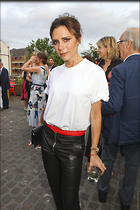 Celebrity Photo: Victoria Beckham 1200x1800   188 kb Viewed 61 times @BestEyeCandy.com Added 51 days ago