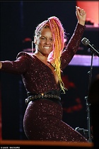 Celebrity Photo: Alicia Keys 634x951   112 kb Viewed 95 times @BestEyeCandy.com Added 456 days ago