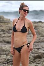 Celebrity Photo: Gisele Bundchen 2133x3200   557 kb Viewed 19 times @BestEyeCandy.com Added 33 days ago