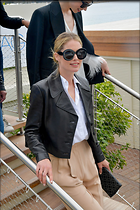 Celebrity Photo: Doutzen Kroes 1200x1800   301 kb Viewed 6 times @BestEyeCandy.com Added 25 days ago