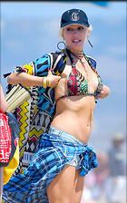 Celebrity Photo: Gwen Stefani 70 Photos Photoset #376279 @BestEyeCandy.com Added 53 days ago