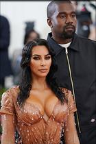 Celebrity Photo: Kimberly Kardashian 8 Photos Photoset #451227 @BestEyeCandy.com Added 40 days ago