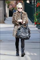 Celebrity Photo: Gwen Stefani 1200x1800   256 kb Viewed 13 times @BestEyeCandy.com Added 27 days ago